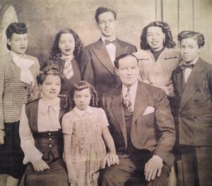 Amber Weekes Paternal family portrait